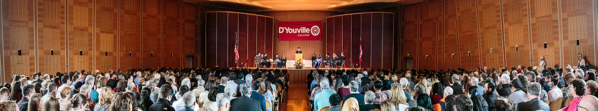 Students take part in the 2015 Honors Convocation