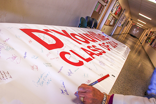 Class of 2015 Invited to Sign Banner